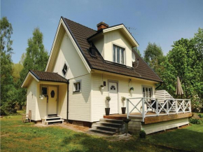 Two-Bedroom Holiday Home in Vilshult in Vilshult