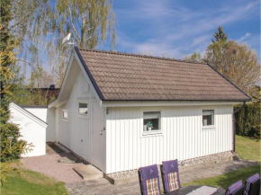 Two-Bedroom Holiday Home in Nattraby in Nättraby