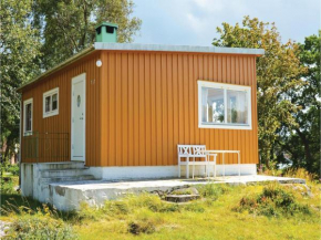 Two-Bedroom Holiday Home in Frillesas in Frillesås