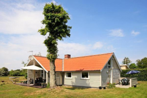 Three-Bedroom Holiday home in Juelsminde 12 in Juelsminde