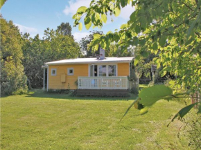 Two-Bedroom Holiday Home in Sturko in Sturkö