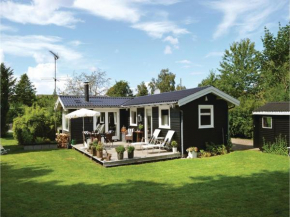 Two-Bedroom Holiday Home in Dronningmolle in Dronningmølle