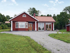 Four-Bedroom Holiday Home in Farjestaden in Färjestaden