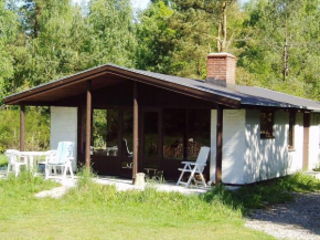 Two-Bedroom Holiday home in Allingåbro 1 in Astrup