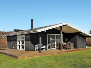 Two-Bedroom Holiday home in Svendborg 4 in Thurø By