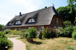 Ferienhaus Mertinat for six in Timmendorf