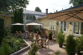 Cafe & Hotel Pusa in Naantali