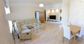 Luxury Beach-Parkside Apartment in Libau