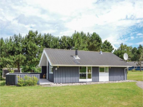 Three-Bedroom Holiday Home in Grasted in Græsted