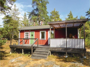 Four-Bedroom Holiday Home in Trosa in Trosa
