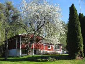 Lilla Hult B&B in Bettna