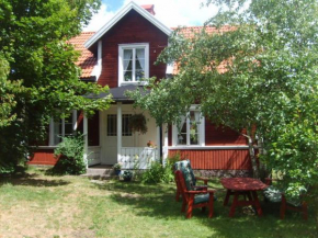 Karlstugan Cottage in Vimmerby
