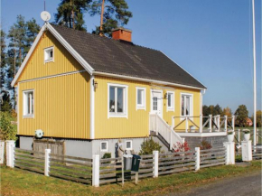 Three-Bedroom Holiday Home in Grastorp in Grästorp