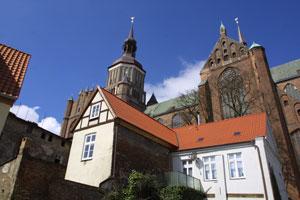 /resources/preview/103/ausflug/vorpommern/stralsund-marienkirche.jpg